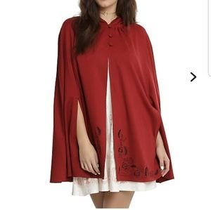NWT Hot Topic Disney Belle cape L♡♡